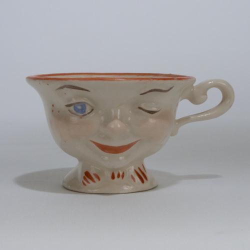 male lipton tea cup