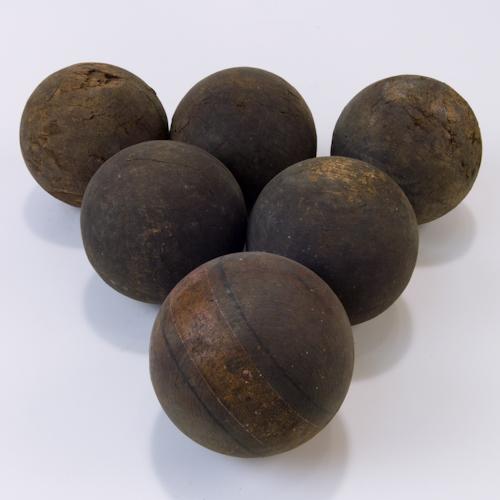 woodenBalls-b-9170