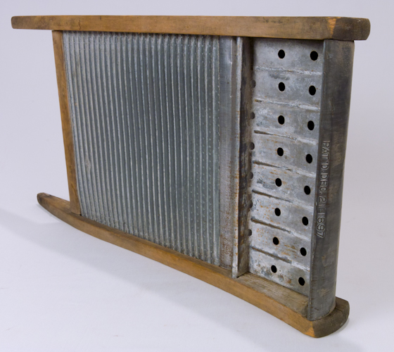 Vintage National Washboard Oak Wood Galvanized Metal
